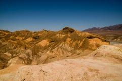 Arêtes érodées en parc national de Death Valley image libre de droits
