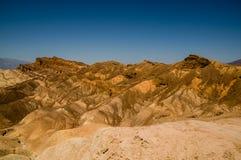 Arêtes érodées en parc national de Death Valley photo stock
