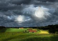 Żarówki w chmurach obrazy stock