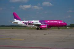 Ar Airbus A320 de Wizz Foto de Stock Royalty Free