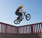 Ar de Bmx Fotos de Stock