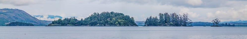 Öar i en sjö Royaltyfri Bild