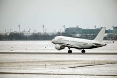 Ar Malta Airbus A319-100 9H-AEJ no aeroporto de Munich Foto de Stock