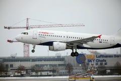 Ar Malta Airbus A319-100 9H-AEJ no aeroporto de Munich Imagem de Stock