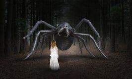 Araña surrealista, chica joven, monstruo Foto de archivo