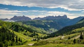 Arabba-Tal-Landschaftsansicht in Dolomit stockfotografie