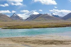 Arabel-Suu rzeka w Kirgizstan zdjęcia royalty free