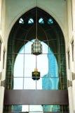 Araben för ul för souq för byggnader för område för dubai springbrunnsjö arkivfoto