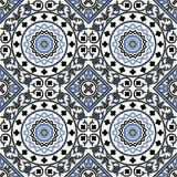 Arabeskowy bezszwowy wzór w błękicie Obrazy Stock