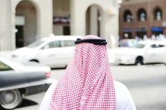 Arabic businessman walking Royalty Free Stock Photography