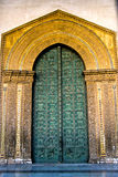 Arabic style door carved in gold Stock Photo