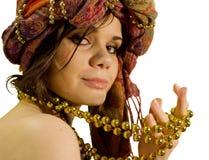 Arabisch meisje met goud royalty-vrije stock fotografie