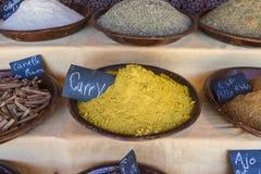Arabische Gewürze, verschiedene Arten von Würzen für das Kochen, Art t Stockbild