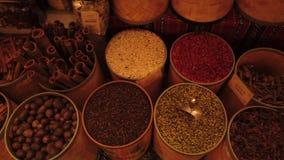 Arabische kruidmarkt stock videobeelden