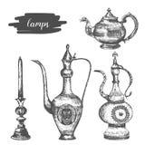 Arabische lamp vastgestelde hand getrokken schets Messings antieke theepotten in oosterse stijl vector illustratie