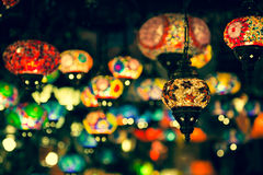 Arabische lampen en lantaarns in Marrakech, Marokko stock afbeelding