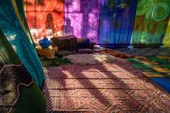 Arabische tent met kleuren en schaduwen Stock Afbeelding