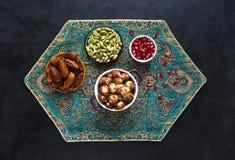 Arabische vleesballetjes met bulgur Mening vanaf de bovenkant stock foto