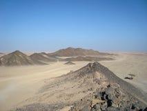Arabische woestijn De mening vanaf de bovenkant van de berg stock foto's