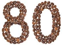 Arabische Ziffer 80, achtzig, von den Kaffeebohnen, lokalisiert auf Weiß Lizenzfreie Stockfotografie