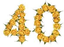 Arabische Ziffer 40, vierzig, von den gelben Blumen von Rosafarbenem, lokalisiert stockfoto