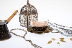 Arabischer Kaffee im Studio Stockbild