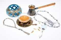 Arabischer Kaffee im Studio Lizenzfreie Stockbilder