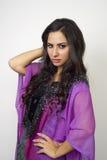 Arabisk dam som bär Abaya Royaltyfria Foton