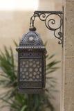 Arabisk islamisk lampa i cairo Egypten i mellersta östlig moské Royaltyfria Foton