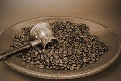 arabisk kaffekruka Arkivbilder
