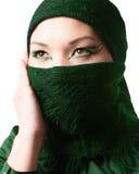 Arabisk orientalisk makeup, stående av den asiatiska kazakhkvinnan med yrkesmässigt smink Arkivfoto