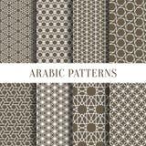 Arabiska eller asiatisk sömlös modelluppsättning från enkla geometriska former Vektorillustration för ditt personliga designproje stock illustrationer