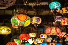 Arabiska lampor och lyktor i Marrakeshen, Marocko Arkivfoto