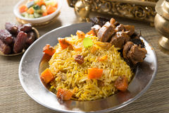 Arabiska ris, ramadan foods i mellersta öst tjänade som vanligt med tand Royaltyfri Foto