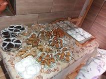 Arabiska sötsaker som lagas mat av min moder royaltyfria foton
