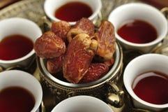 Arabiska te och data Royaltyfria Foton