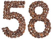 Arabiskt tal 58, femtioåtta, från kaffebönor som isoleras på w Royaltyfria Bilder