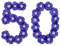 Arabiskt tal 50, femtio, från blåa blommor av lin som isoleras på Arkivbilder