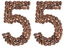 Arabiskt tal 55, femtiofem, från kaffebönor som isoleras på wh Royaltyfri Bild
