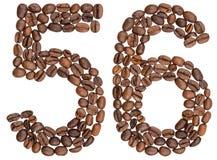 Arabiskt tal 56, femtiosex, från kaffebönor som isoleras på whi Royaltyfri Bild
