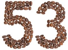 Arabiskt tal 53, femtiotre, från kaffebönor som isoleras på w Arkivfoto