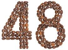 Arabiskt tal 48, fyrtioåtta, från kaffebönor som isoleras på w Royaltyfri Foto