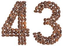 Arabiskt tal 43, fyrtiotre, från kaffebönor som isoleras på w Royaltyfri Fotografi