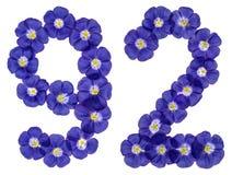 Arabiskt tal 92, nittiotvå, från blåa blommor av lin, isolat Arkivbilder