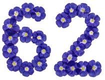 Arabiskt tal 62, sextiotvå, från blåa blommor av lin, isolat Royaltyfria Foton