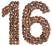 Arabiskt tal 16, sexton, från kaffebönor som isoleras på vit Arkivfoto