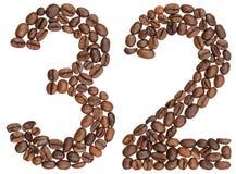 Arabiskt tal 32, trettiotvå, från kaffebönor som isoleras på wh Arkivbild