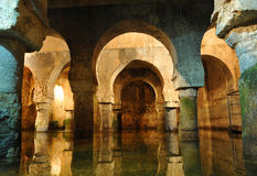 Arabska spłuczka, podziemny zbiornik wodny, Caceres, Extremadura, Hiszpania Fotografia Stock