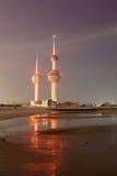 Arabska zatoki plaża i Kuwejt Górujemy Zdjęcia Stock