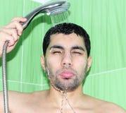 Arabski egipski mężczyzna bierze prysznic fotografia stock